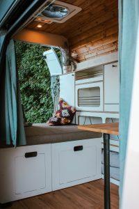 VW T5 T6 Möbelzeile küche ausbau ellie vans 2